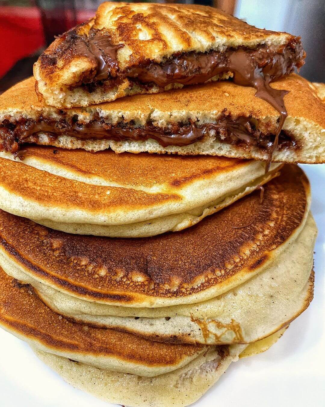 how to make pancakes without eggs and milk and baking powder